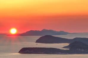 elaphites sunset